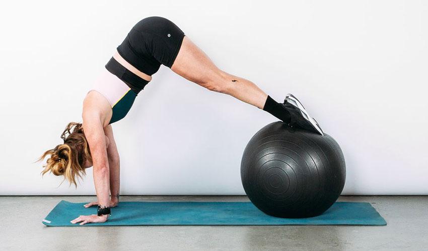 bóng tập yoga